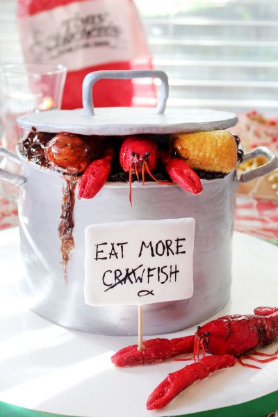 crawfish boil pot cake louisiana chocolate